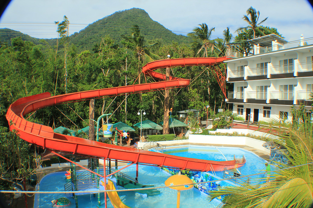 Tierra Mercedes Nature Resort, Batangas Resort, Cuenca Batangas, sky cycling, zipline, pool slide, giant pool slide